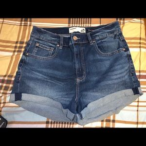 High wasted retro shorts